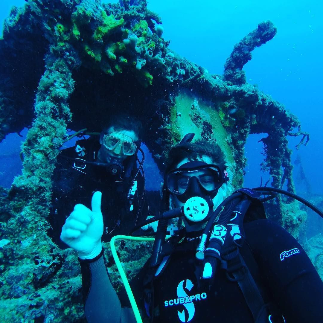 What up Bro!? Spiegel Grove Shipwreck.  510 foot navy landing ship 6 miles off of key largo - - - #keys #diving #travel #tropical #parrothead #tropicalbros #keylargo #underwater #scuba #gopro #shipwreck #spiegelgrove #fish #florida #tropicalvibes by tropical.bros