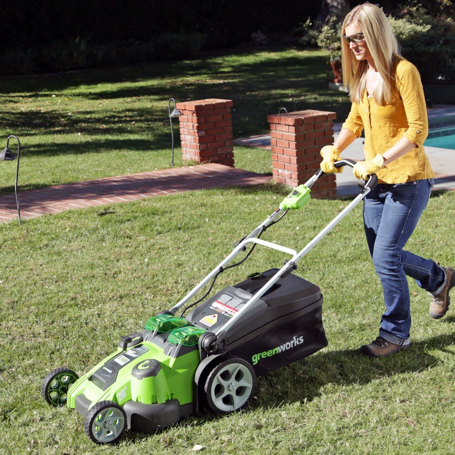 GreenWorks Twin Force G MAX 40V Li Ion 20 Inch Cordless Lawn