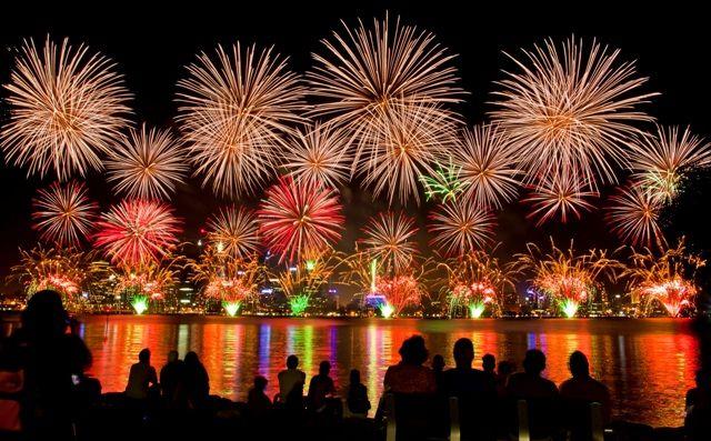Perth Australia Day Skyworks Www Transfercar Com Au Australia Day Fireworks Australia Day Fireworks