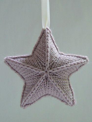 Knitted Starfish Pattern : Knitted Star pattern Stjarna by Karolina Eckerdal (free on Ravelry) star ...