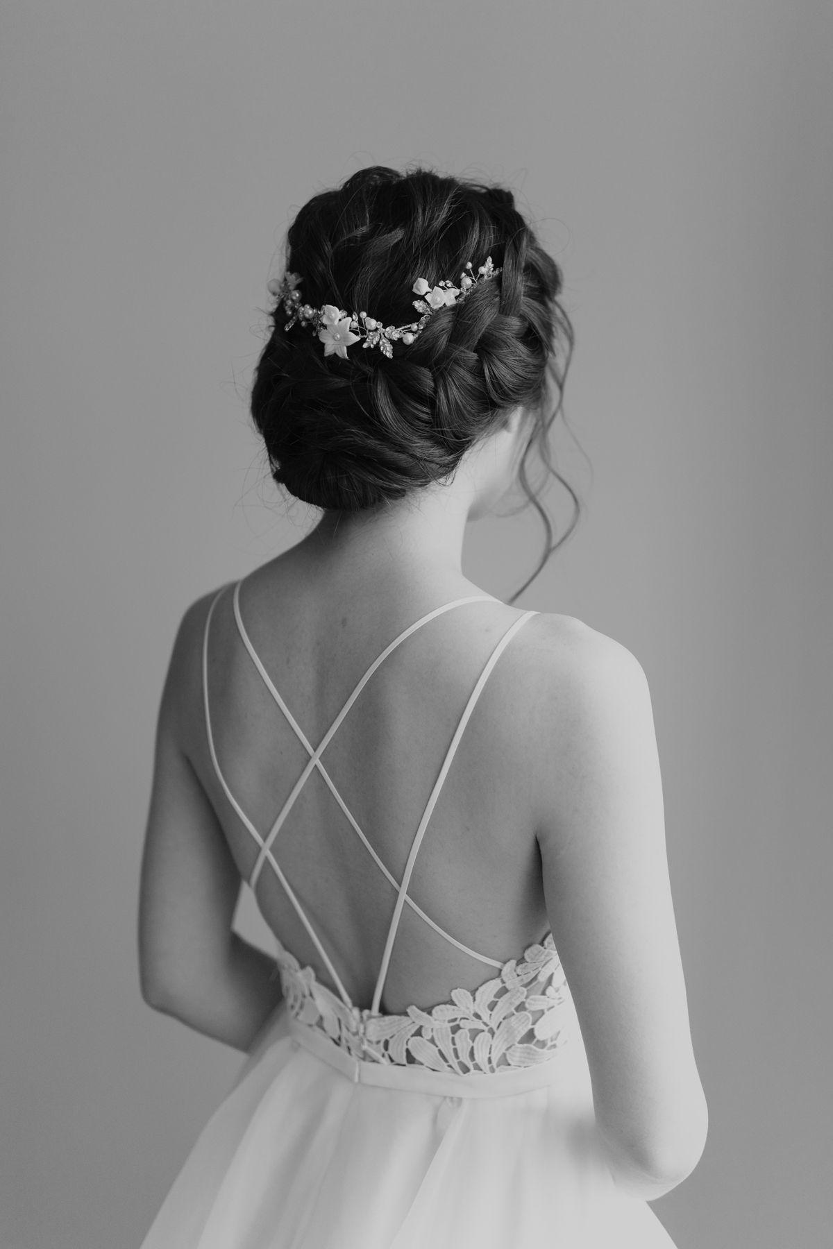 Stonefields Wedding Agatha Rowland Bridal Hair And Makeup Bridal Hair Pieces Hair Pieces