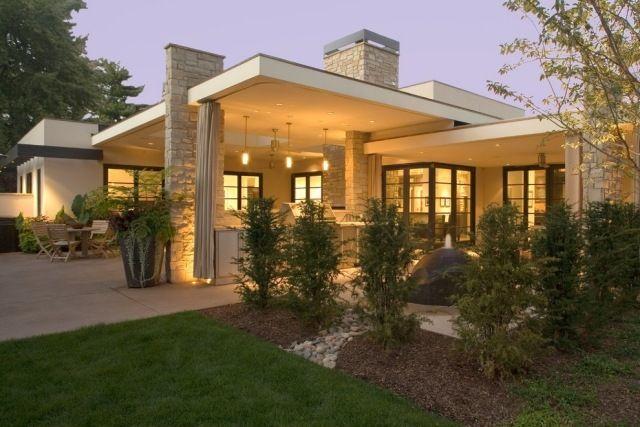 Modernes holzhaus flachdach  haus wunderschön moderner look flache dachkonstruktion bepflanzung ...