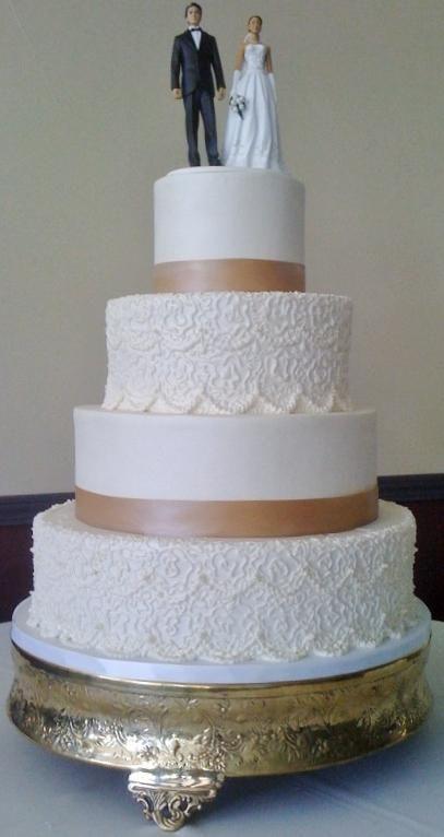buttercream lace wedding cakes