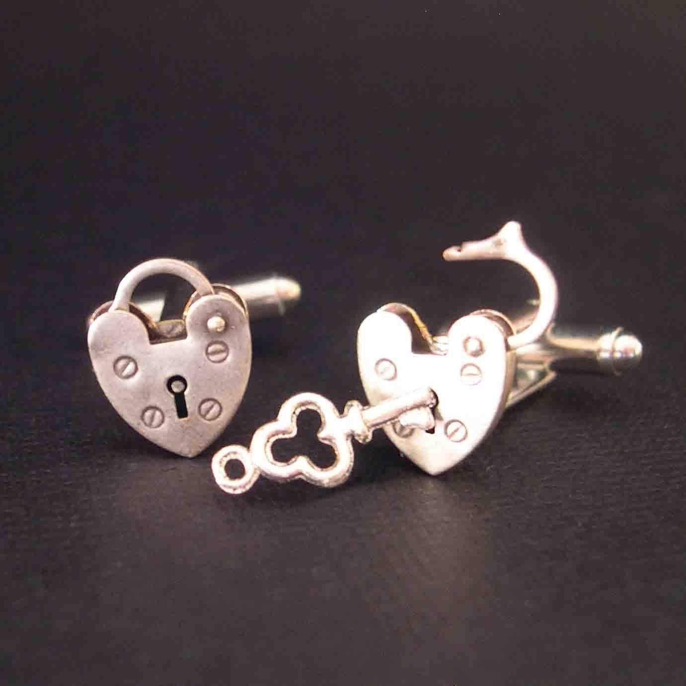 Mini+Opening+Closing+Vintage+Padlock+Cufflinks++Unlock+by+YOUgNeek ...