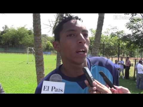 El joven lateral zurdo Johan Mojica llegó al Deportivo Cali procedente del Llaneros de Villavicencio. Tendrá que disputar su puesto con uno de los hombres más experimentados de la nómina 'azucarera', Vladimir Marín.