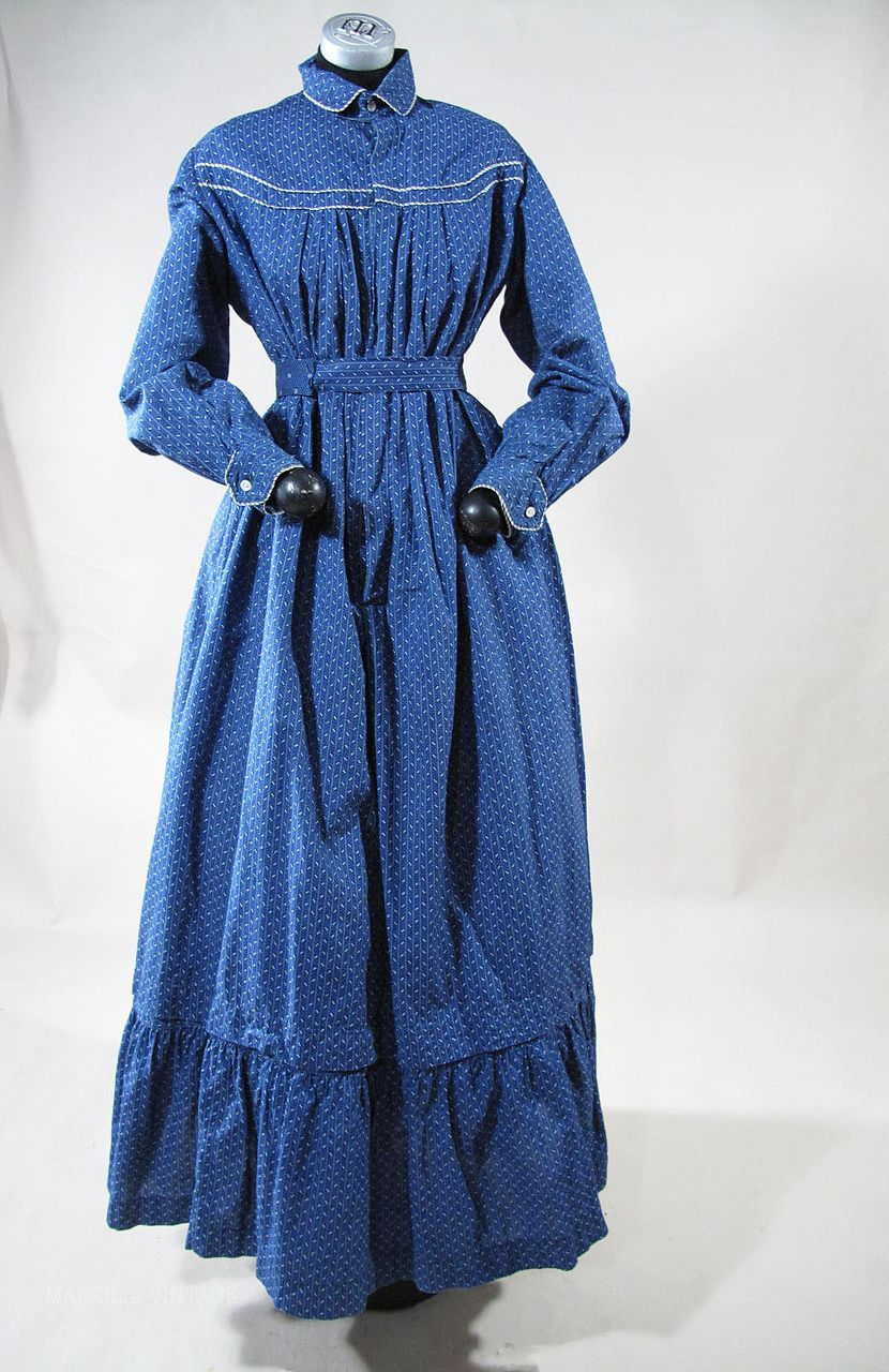 79c3de62 Crisp 1890's Victorian Blue Calico Day Dress / Wrapper | wrapper ...