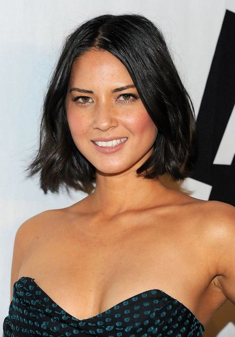 Hairstyles For Chubby Faces Beauteous 15 Female Celebrities With Round Faces  Pinterest  Black Bob