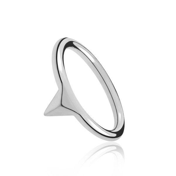 Sortija de triangulo sencilla en plata de ley