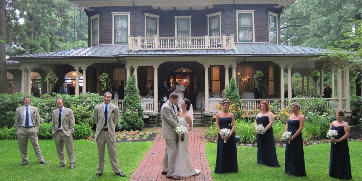 Oakeside Mansion Weddings Price Out And Compare Wedding Costs For Ceremony Reception Venues