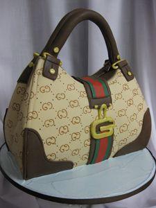 75d2af1fda gucci purse cakes
