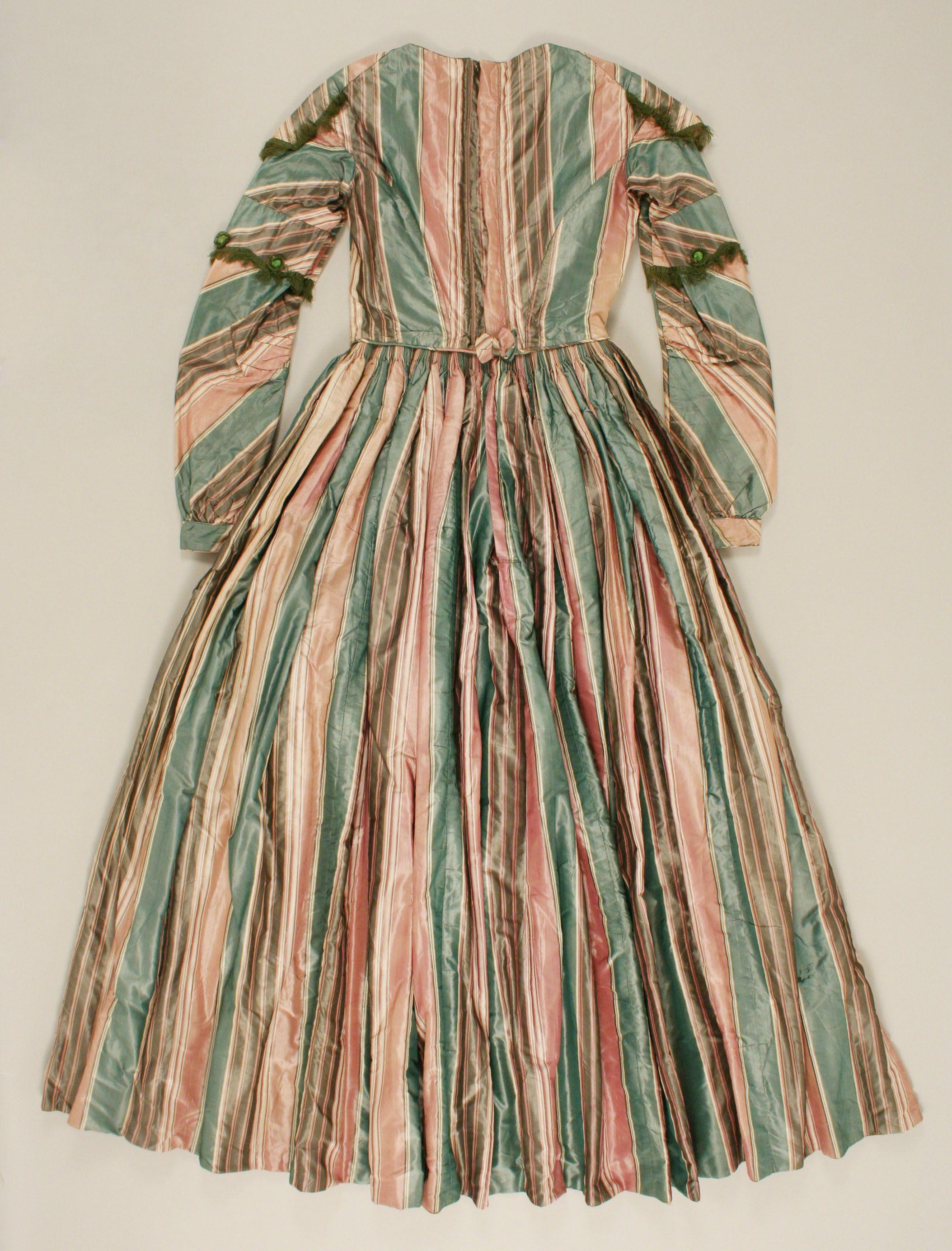 Afternoon Dress British The Met Evening Dresses Vintage Afternoon Dress Silk Evening Dress [ 2768 x 2107 Pixel ]