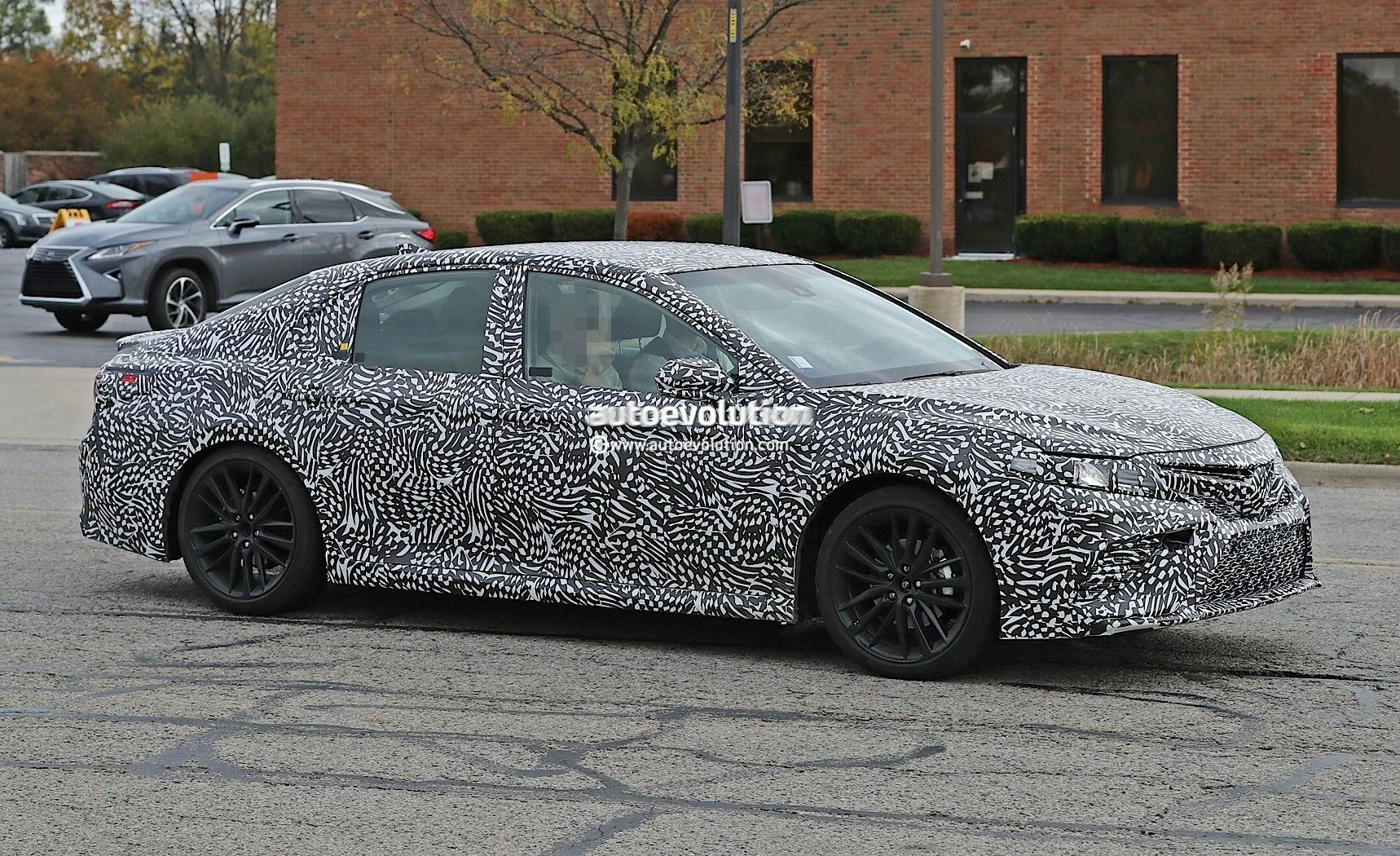 2018 toyota camry spy photos and review