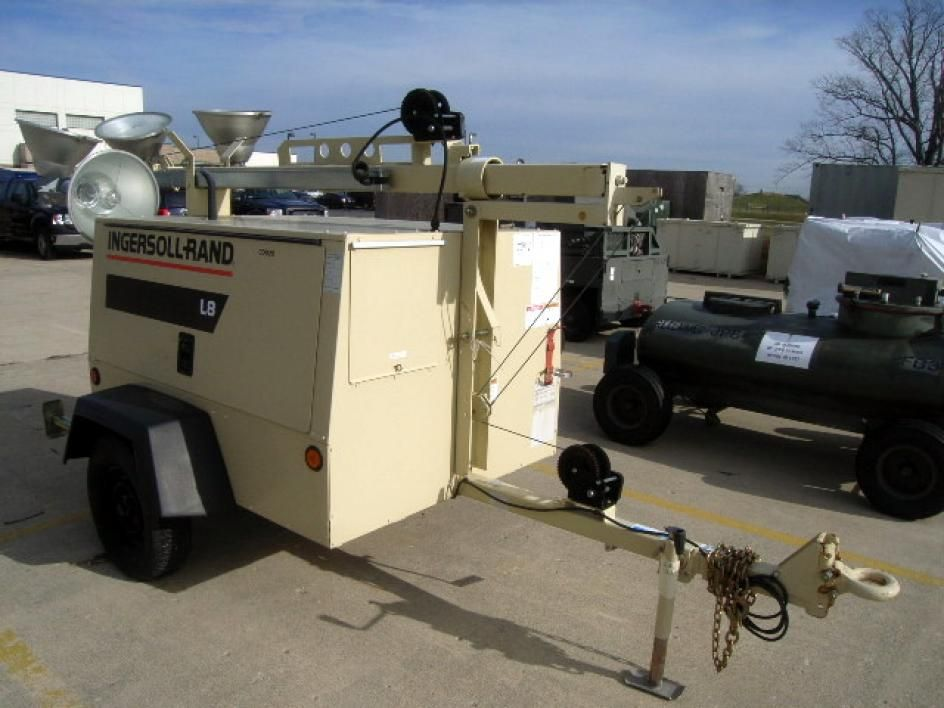 2000 Ingersoll-Rand, mdl: L8-4MH, Portable Light Set and