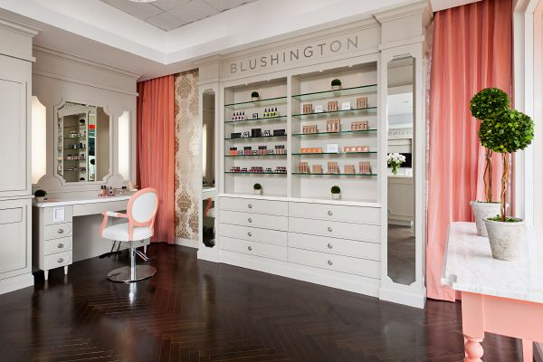 Perfect Blushing Makeup Lounge   LAu0027s Blusing Makeup Lounge