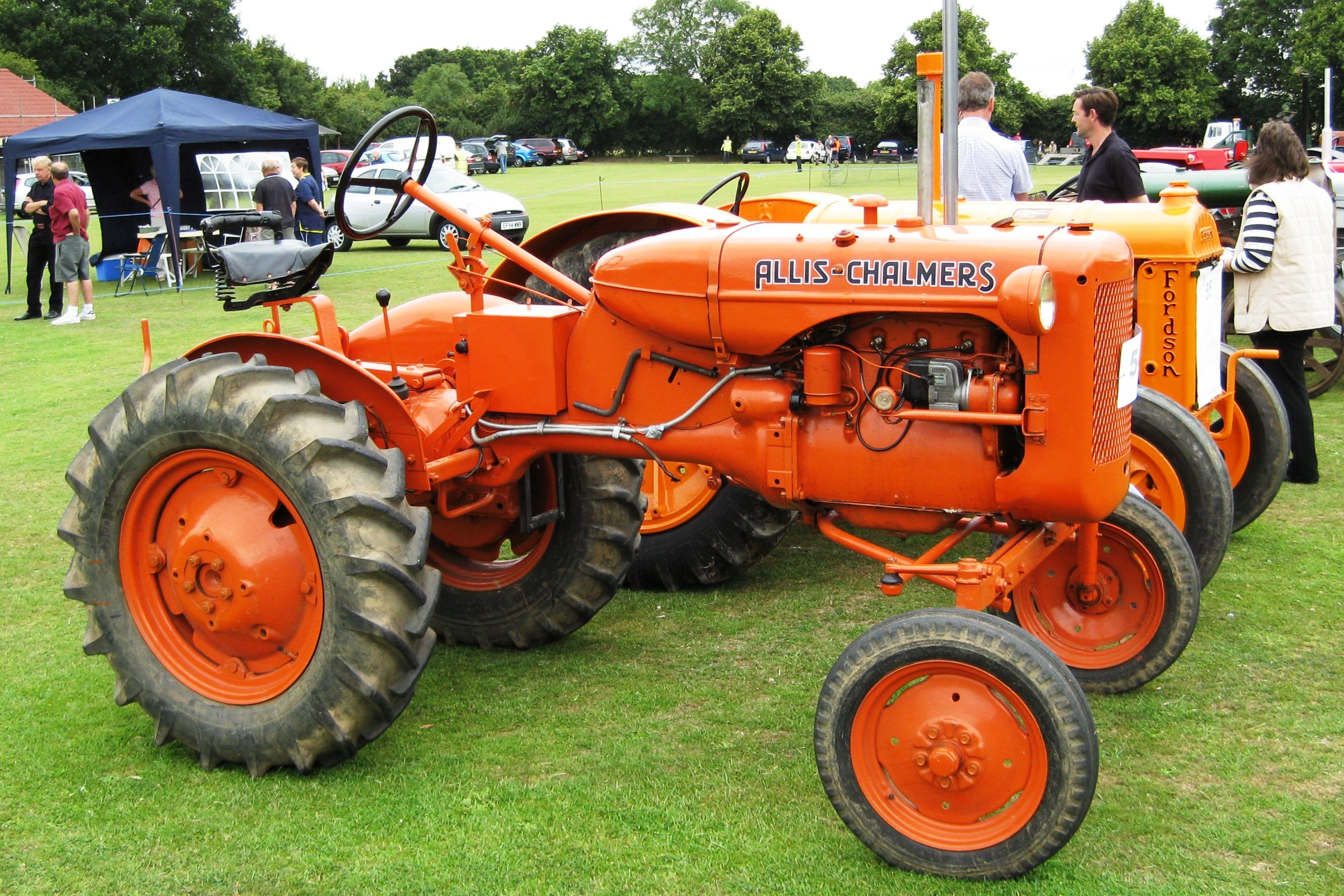 Vintage Allis Chalmers Tractors : Allis chalmers tractors description