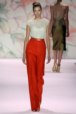 Monique Lhuillier - Spring 2011  High waisted pants! Finally in fashion again!