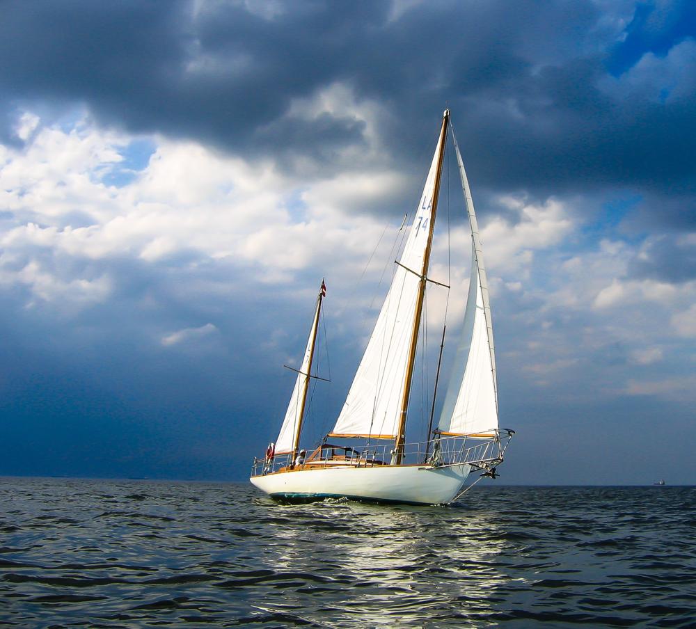 крючком ирландские фото яхты с парусами небольшие приятно полезно, всё-таки