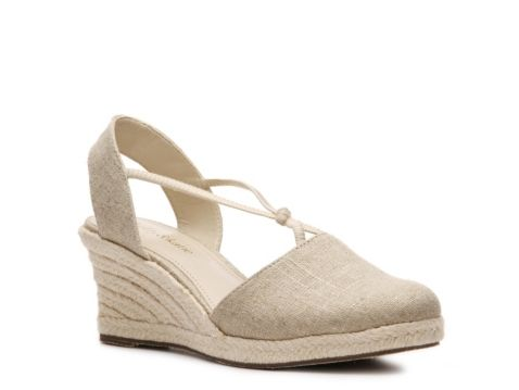 5c490ba83 Kelly & Katie Betsy Wedge Sandal: dsw   shoes   Shoes, Women's shoes ...