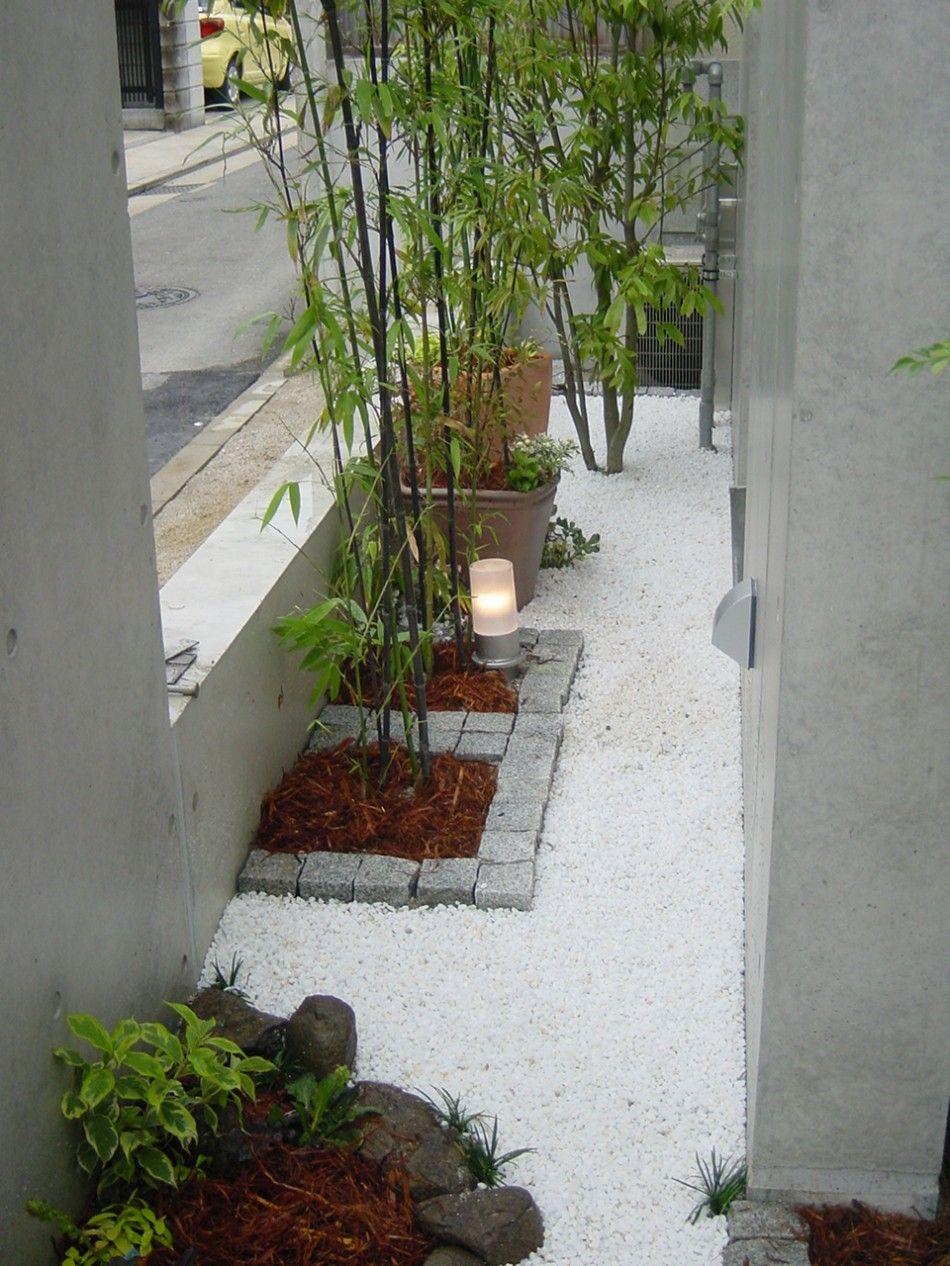 砂利を使ってシンプルモダンな庭に オシャレな砂利の使い方 House