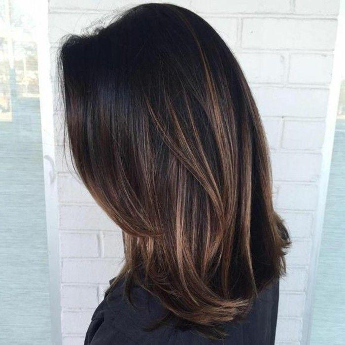 Makeup \u0026 Hair Ideas couleur chatain foncé femme avec coupe de cheveux mi  long cheveux