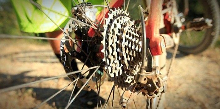 How To Shift Gears Correctly On Your Bike Bikeroar Tips And
