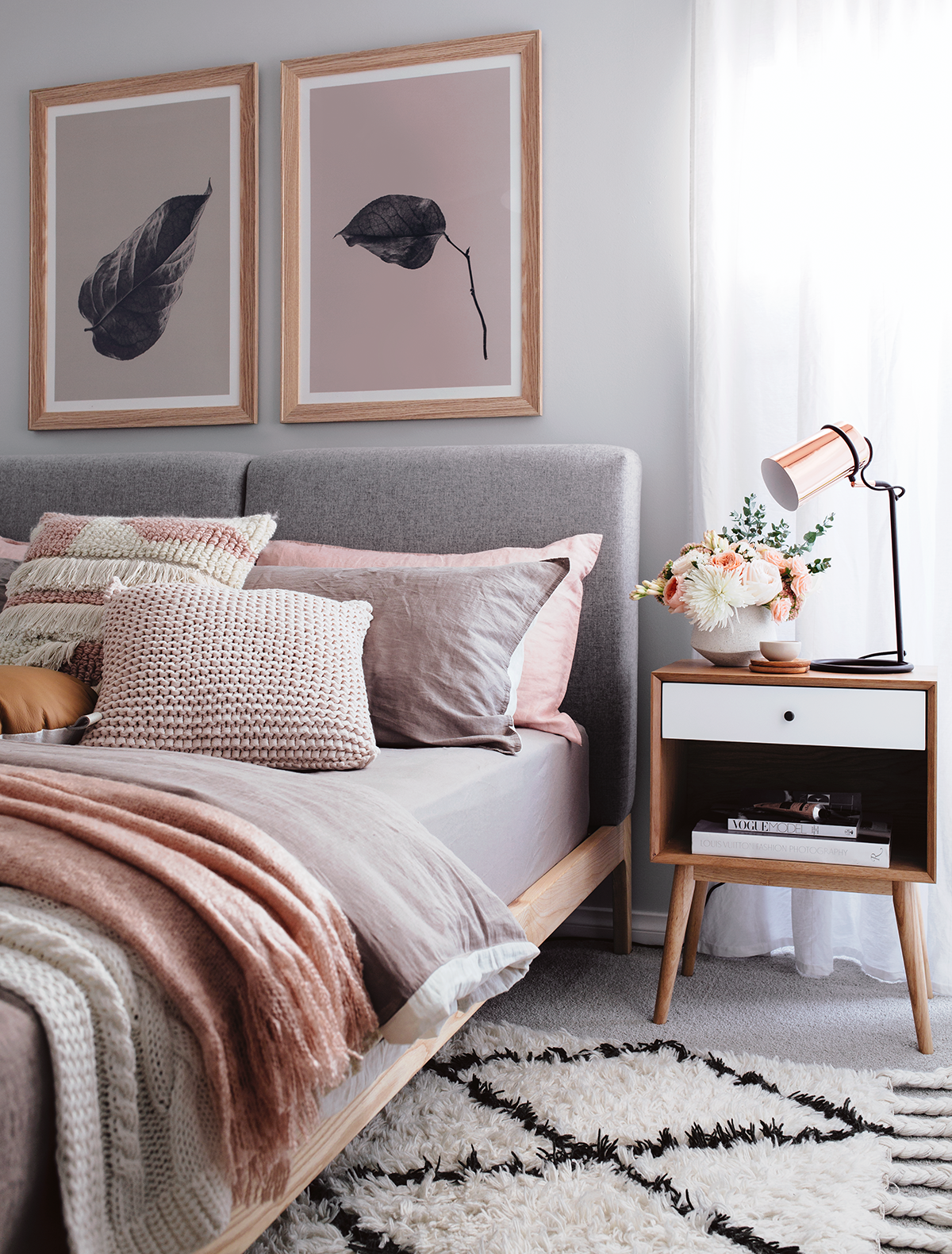 Décoration Chambre Adulte Cosy Cosy Bedroom In Peach And Grey Room Pinterest