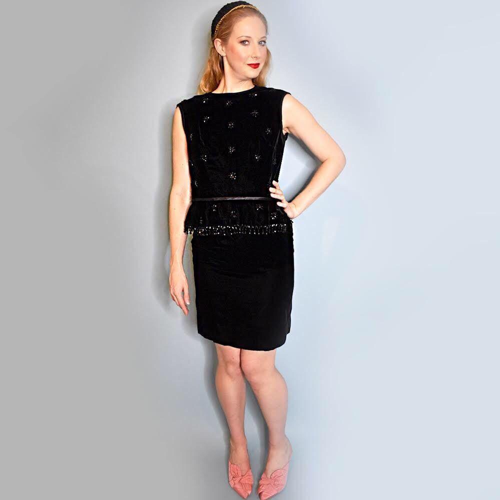 Vintage 1960s Union Made Black Velvet Beaded Dress 1960s Etsy Cocktail Dress Vintage Vintage Dress 60s Vintage Dresses [ 1000 x 1000 Pixel ]