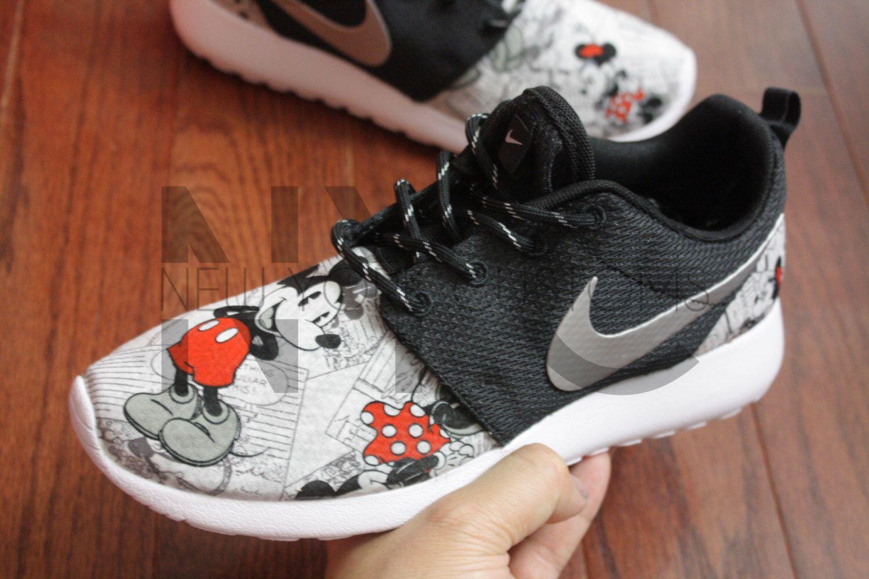 dc6c75dcea07 Nike Roshe Run Black Vintage Comic Mickey + Minnie V5 Edition Custom Men   amp  Women