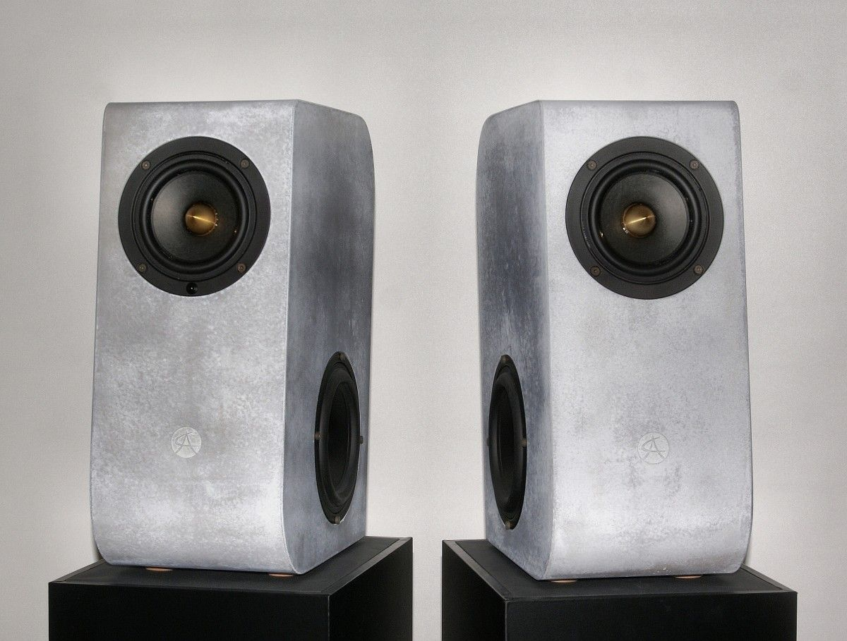 Concrete Audio makes a big statement with their new bookshelf ...