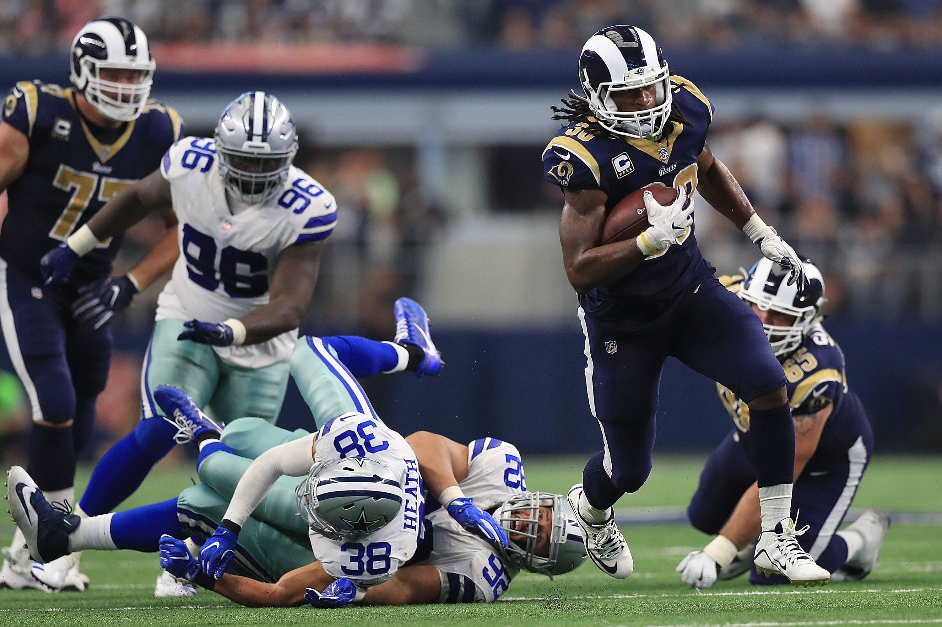 Rams Cowboys Highlight Lowlight Turf Show Timesclockmenumore Arrownoyeshorizontal Whitehorizontal Whitestubh Nfl American Football Team Football Helmets