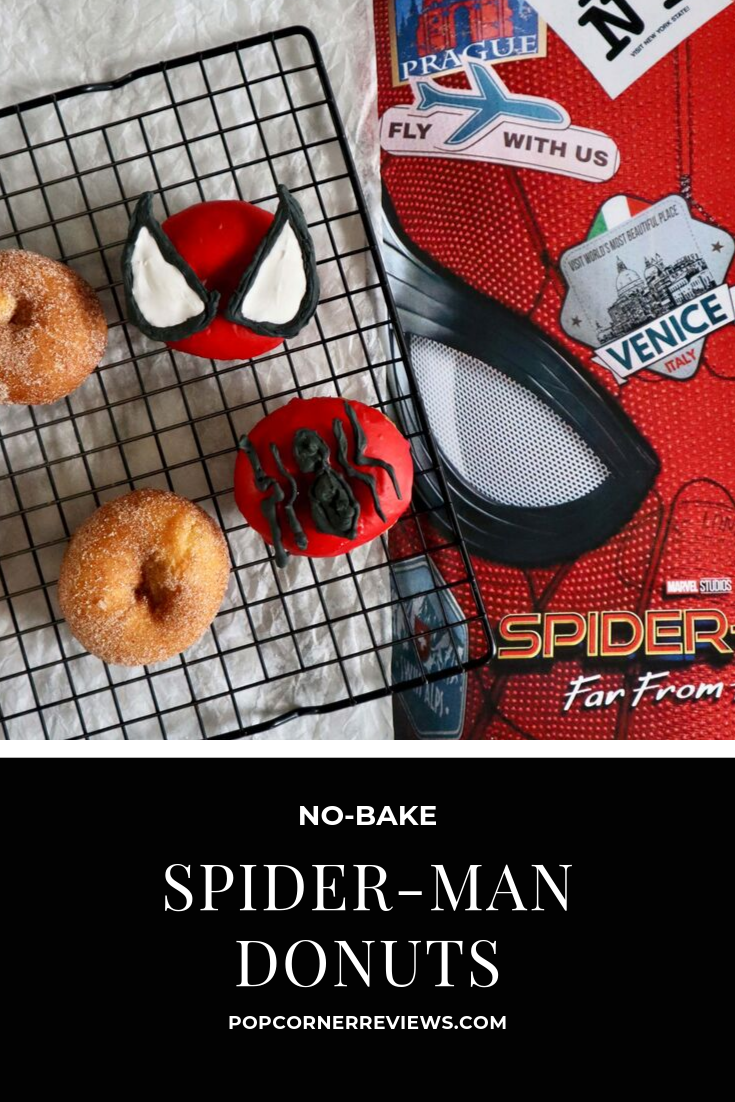 No-Bake Spider-Man Donuts #movienightsnacks The easiest superhero snack for your Spider-Man party, Marvel movie night snack bar, or your next brunch. These Spider-Man decorated donuts are no-bake! #SpiderMan #MarvelParty #SuperheroPartyIdeas #movienightsnacks
