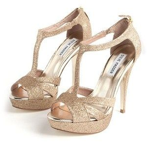 35 Flirty Party Shoes (Under $100!) Gold Prom HeelsProm ...
