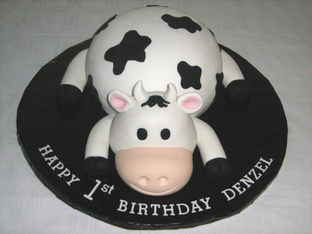 Cow Cake Yall Are Going To Laff But I Thot This Was A Chik Fil Imelda