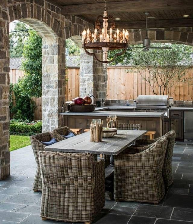rustikale Rattan Stühle Holztisch Garten Outdoor Küche - esszimmer im garten gestalten
