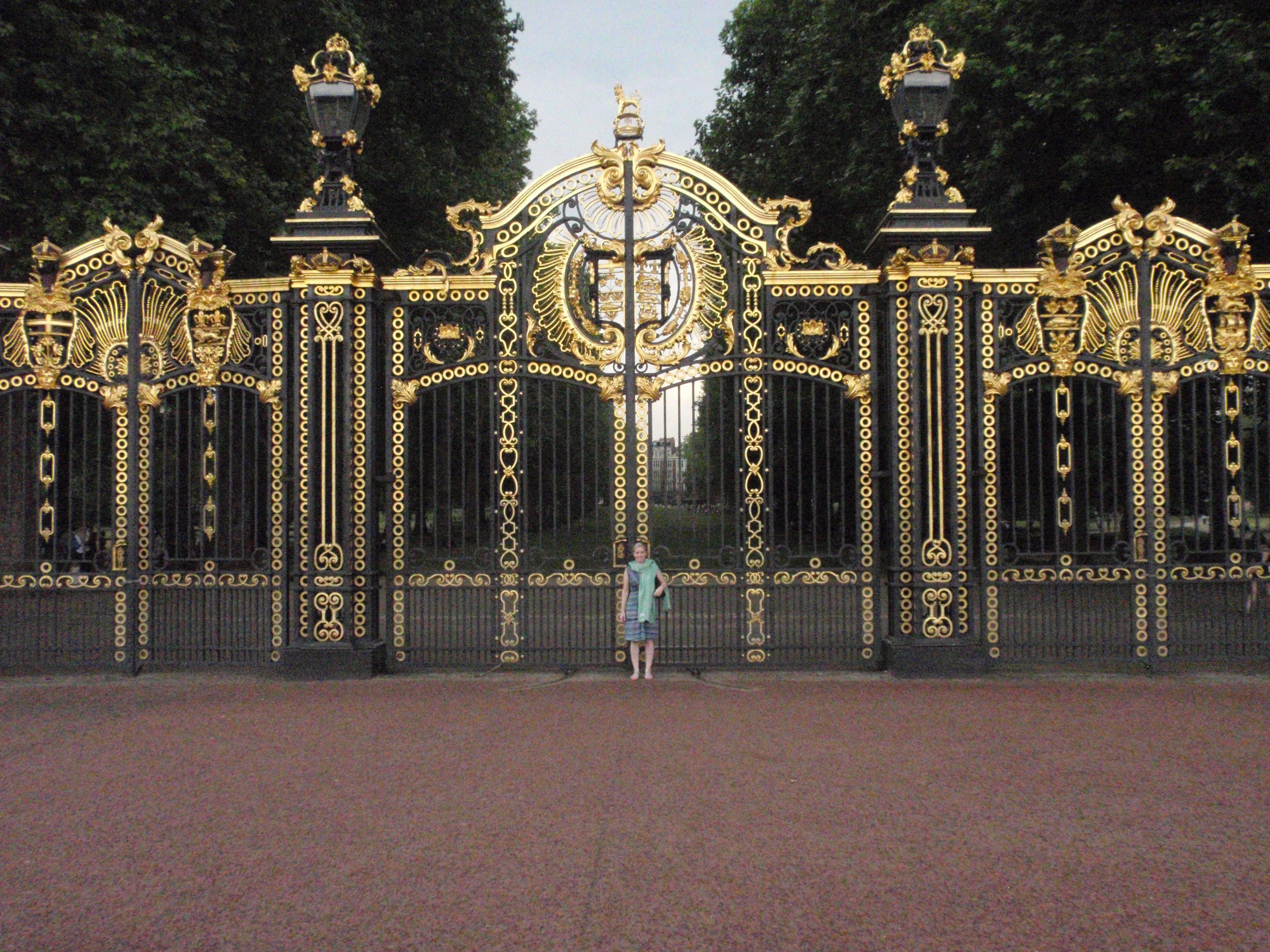Royal Gates To Green Park Buckingham Palace Favorite