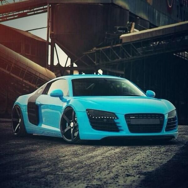 Audi R8 - Sexy Blue
