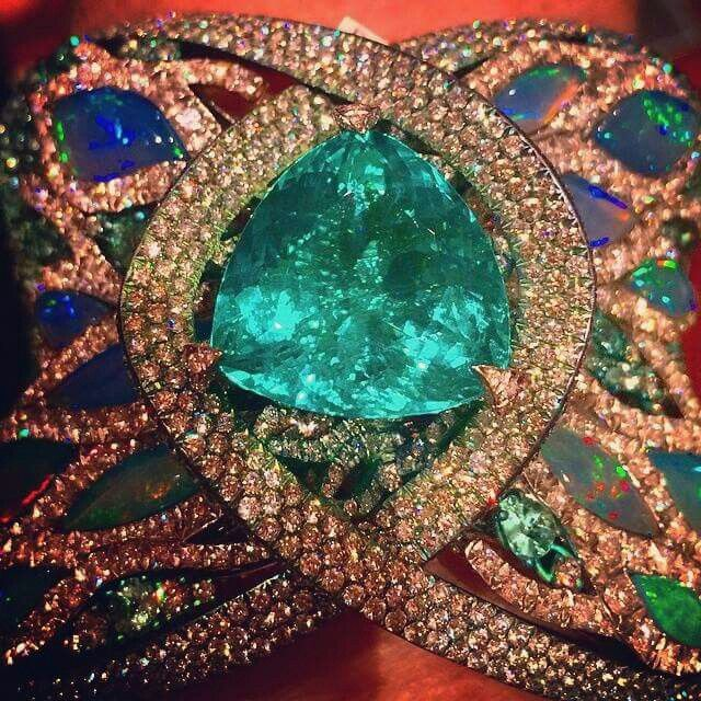 And here's an eye watering close up of that Brazilian Paraiba tourmaline bracelet from @townandcountrymagjewelry