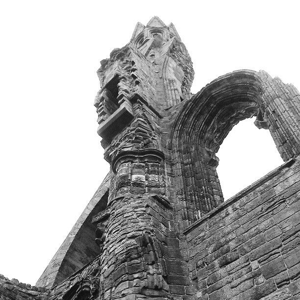 St Andrews Cathedral - Photo by ctp1707