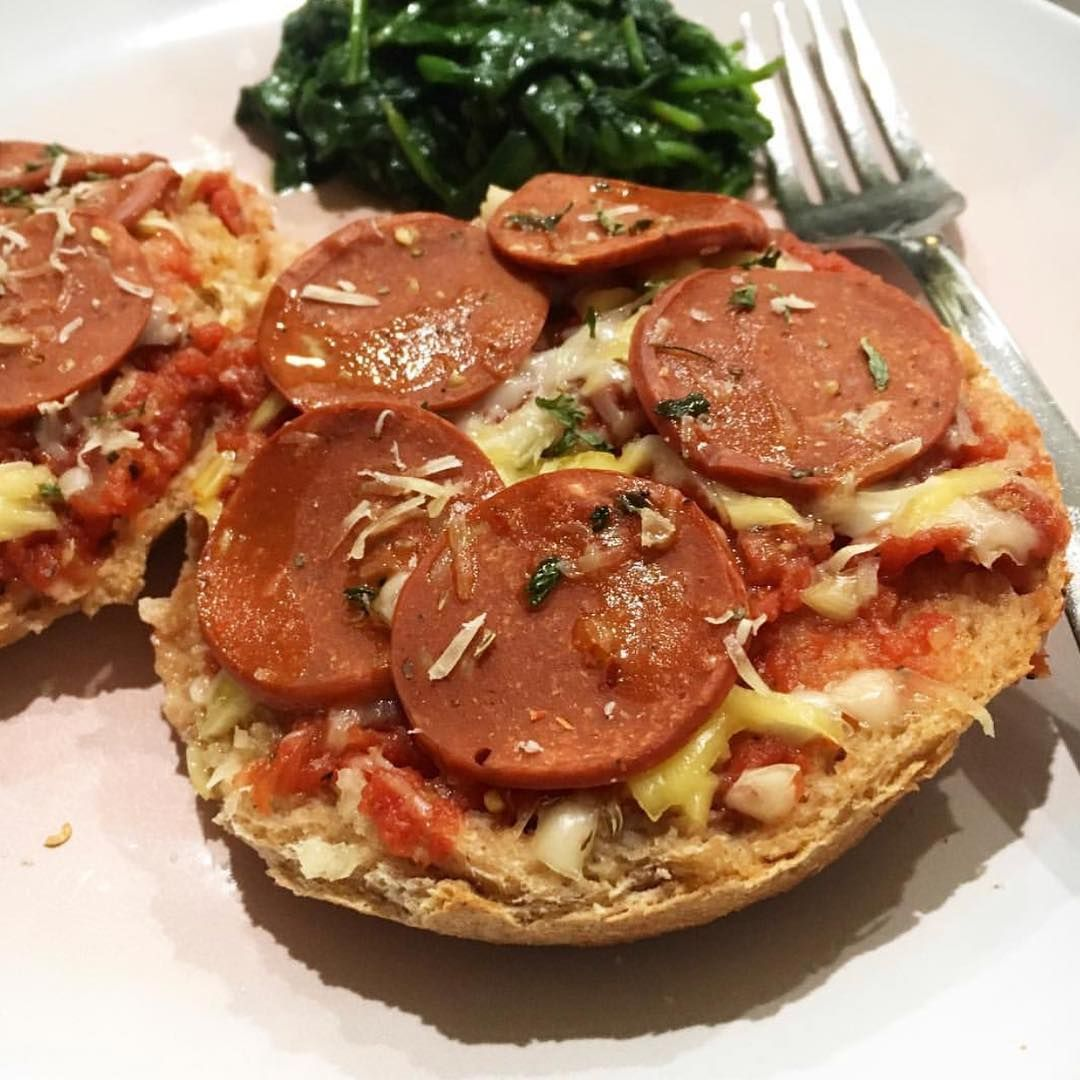 2997b54fcec These vegan pizza bagels from @cassandrabodhimedium look delicious! She  uses Yves Veggie Cuisine Veggie Pepperoni.