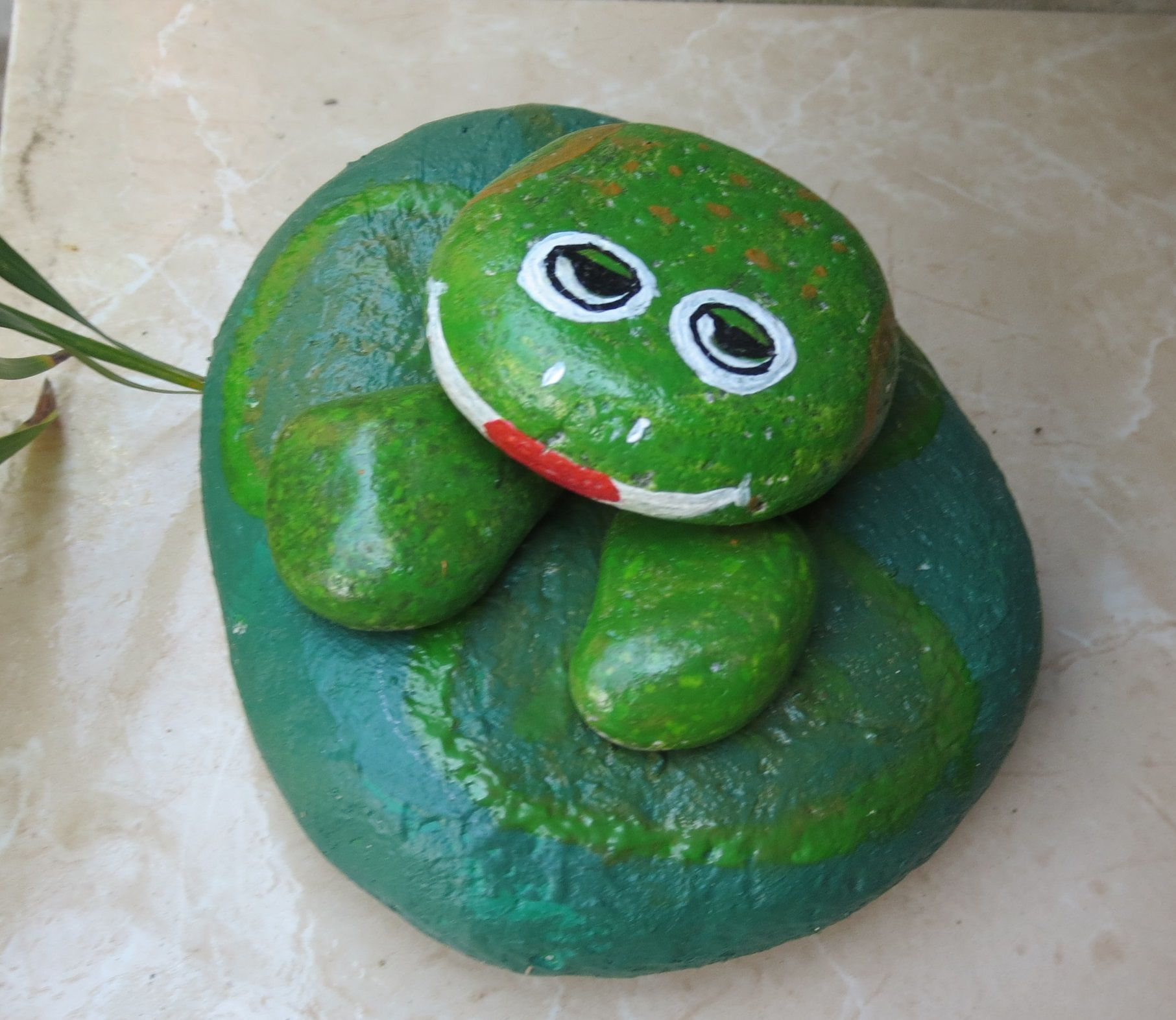 Sapo de piedra decorativo para jardin piedras - Piedras para jardin ...
