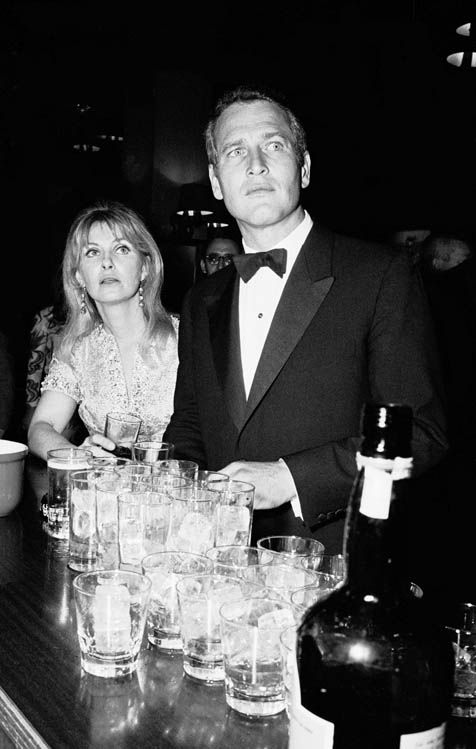"Santi Visalli ""Paul Newman and Joanne Woodward, New York"" (1968)."