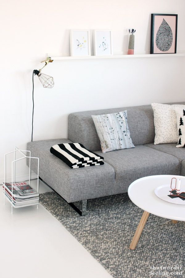 Luxury furniture living room ideas home furniture for Sofa gris y blanco
