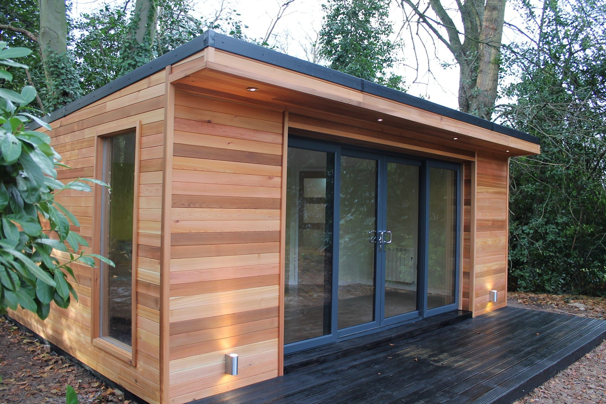 'the crusoe classic' 6m x 4m garden room / home office