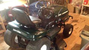 Diy Craigslist Find Mower Repair Craftsman Lt1000 Lawn Tractor For 175 Lawn Tractor Lawn Mower Repair Lawn Mower Tractor