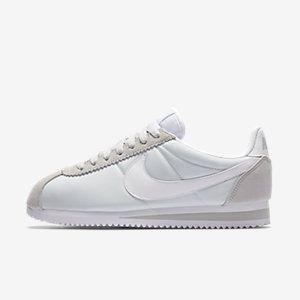 more photos 9b398 63d91 Calzado para mujer Nike Classic Cortez 15 Nylon. Nike.com MX