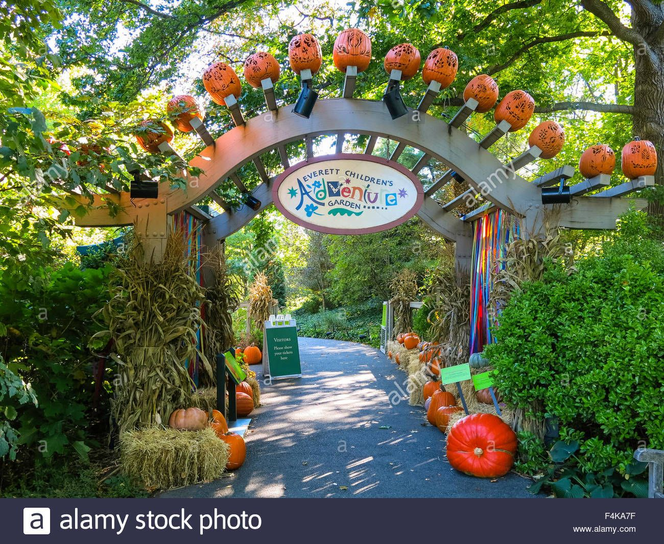 a1841889ad95944a34d130cb10133972 - Restaurants Near The Botanical Gardens Bronx Ny