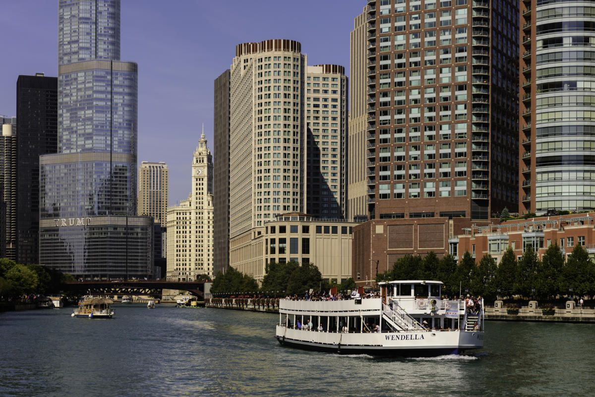 Be inspired by the captivating visual art that is chicago