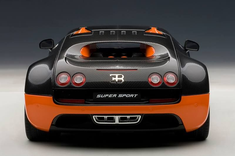 Merveilleux AUTOart: Bugatti Veyron Super Sport   Carbon Black W/ Orange Side Skirts  (70936