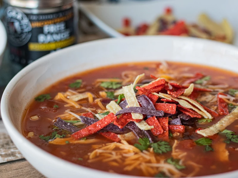 Black Bean and Chicken Tortilla Soup #chickentortillasoup