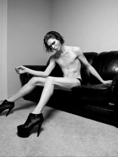 Nude punk men